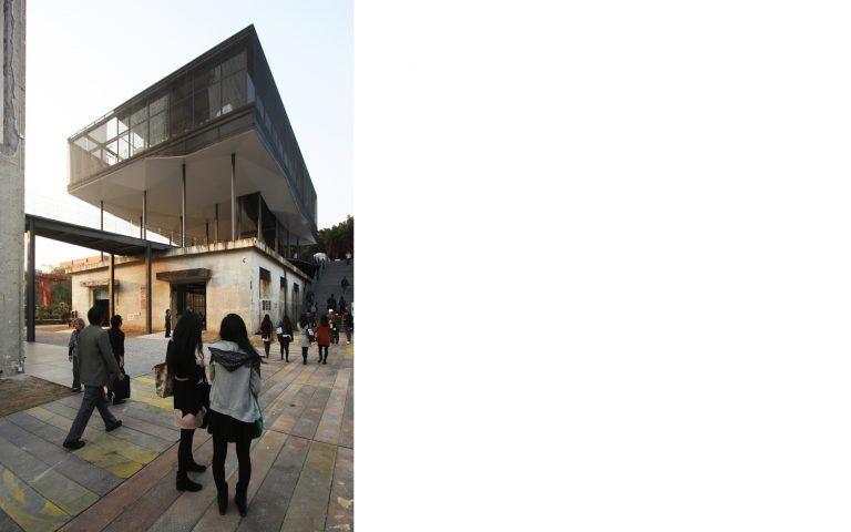 temp-architecture-value factory-entrance building shenzen 09